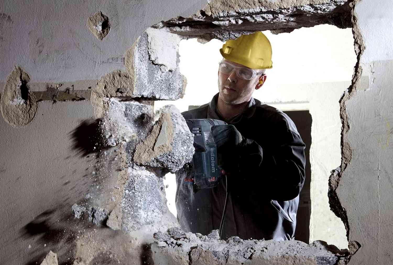Демонтаж стен из бетона: какой метод выбрать?